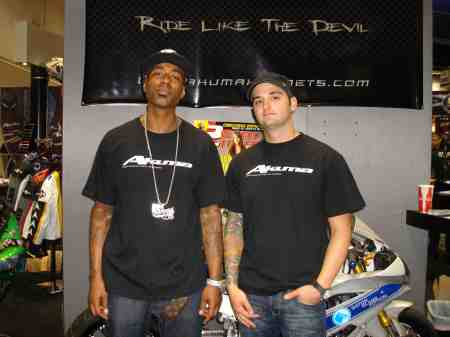 J-BEATS AND MY NEW TEAM MATE JOE DRYDEN. SO BE ON THE LOOKOUT FOR US DOIN OUR THING IN 09